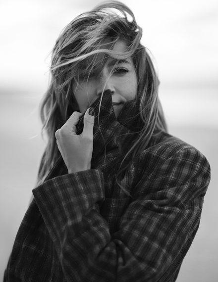 ELLE Kamila Baar fot. Marcin Kempski